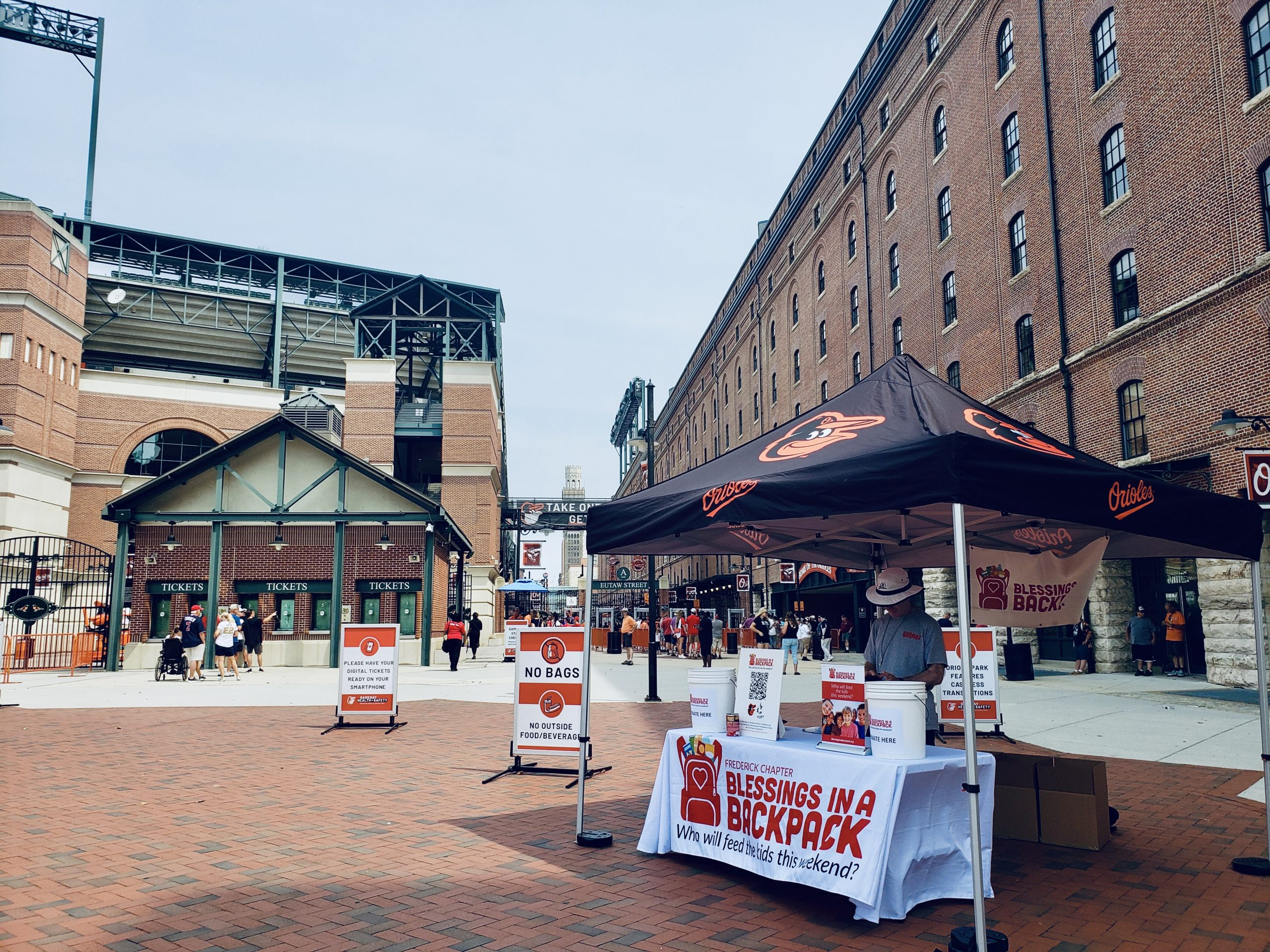 The Baltimore Orioles and The Trey Mancini Foundation team up with Blessings in a Backpack to strike out hunger!